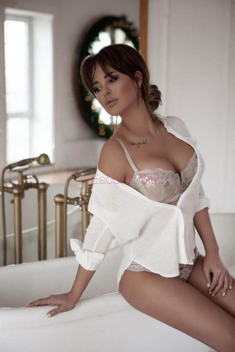 escortsclub-escort-thessaloniki-korina14